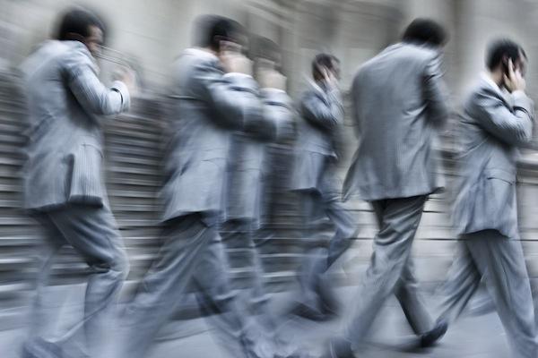Como deixar de atender o telemóvel a toda a hora de um modo profissional e sem perder oportunidades