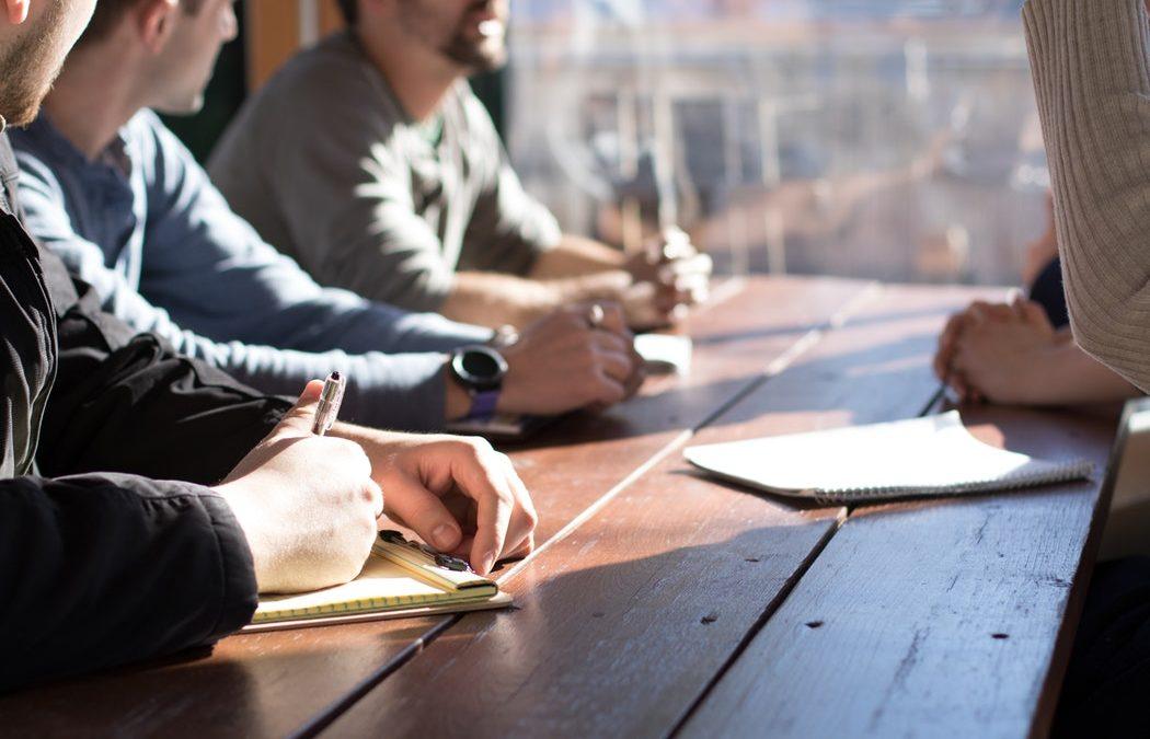 Como alinhar todos em práticas e processos através de uma comunicação interna mais efetiva e criativa